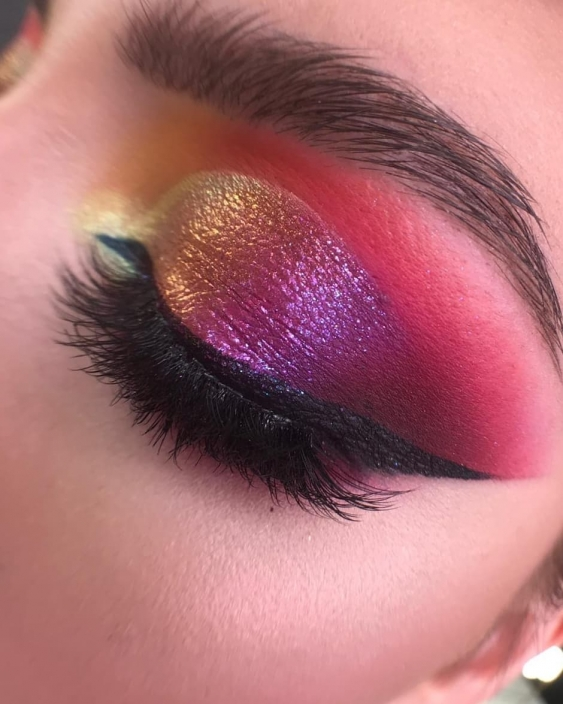 RAINBOW MAKE-UP WITH BPERFECT CARNIVAL EYESHADOW PALETTE