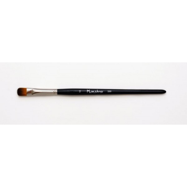 MAESTRO EYE SHADOW BRUSH 330