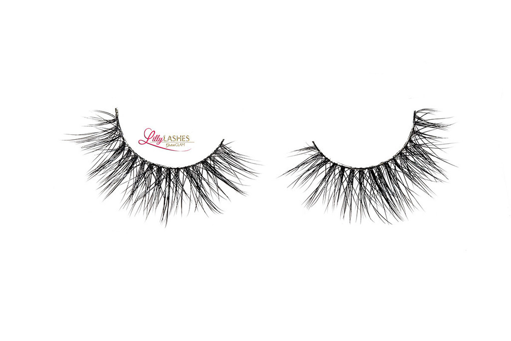 2114d54b17b LILLY LASHES THE LUXURY COLLECTION GODDESS