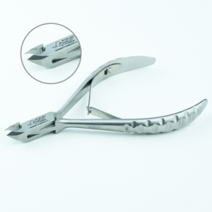 LEXWO # 135 CUTICLE NIPPERS 5MM