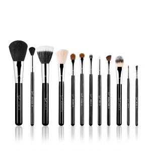 SIGMA BEAUTY ESSENTIAL KIT MAKE ME CLASSY