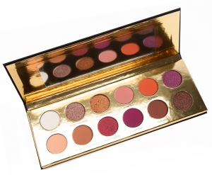 COLOURED RAINE QUEEN OF HEARTS TM EYESHADOW PALETTE LIMITED EDITION