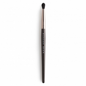MAKEUP GEEK DEFINED CREASE BRUSH