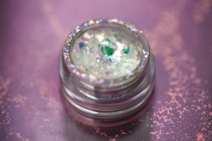 TAMMY TANUKA GLITTER LOOSE EYESHADOW HIGH GLOW COLLECTION