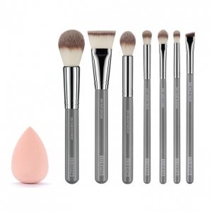 BOHO BEAUTY SET OF 7 BRUSHES WITH SPONGE