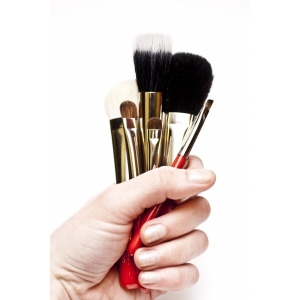 MAESTRO SET OF 7 TRAVEL BRUSHES